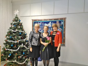 Ystävieni Ritva-Leenan ja Anna-Liisan kanssa Lankilan päiväkodin 30-vuotisjuhlassa, laajennusosan vihkiäisissä ja itsenäisyyspäiväjuhlassa 5.12.2012